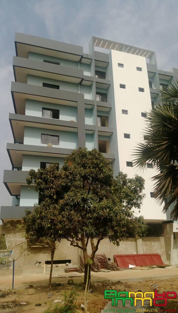 location bureaux aci 2000 tdi9103 a louer des bureaux a l aci 2000 bamako immobilier a. Black Bedroom Furniture Sets. Home Design Ideas