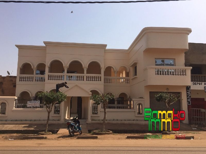 Location villas aci 2000 aci 2000 tdi5196 villa for Villa a bamako