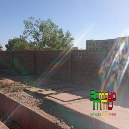 Vente terrains bamako immobilier le site des maliens for Prix du terrain au m2 par ville